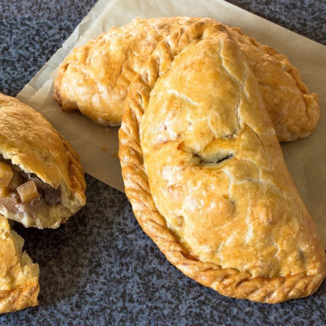 Cornish (Pies)